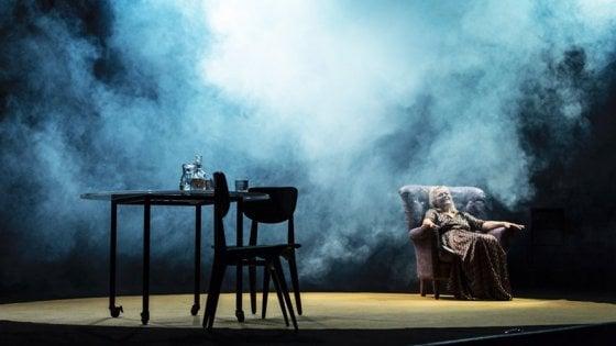 """La """"Lunga giornata verso la notte"""" al Teatro Nuovo"""