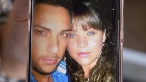 Femminicidio, uccise la moglie con un colpo di pistola a Napoli: ergastolo