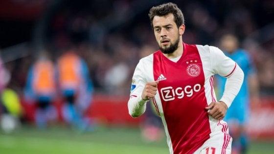 """Caso Younes, l'Ajax fa chiarezza: """"Ha già firmato con il Napoli, quindi non resterà con noi nella prossima stagione"""""""