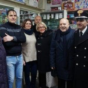 Ponticelli, passeggiata antiracket con prefetto e forze dell'ordine