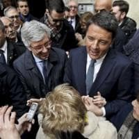 Napoli, Renzi attacca i Cinque stelle: