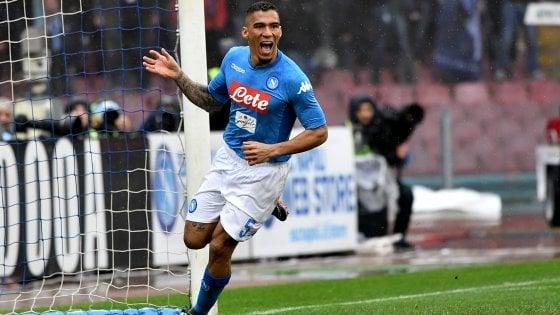 Napoli-Spal 1-0, agli azzurri basta Allan per tornare in vetta