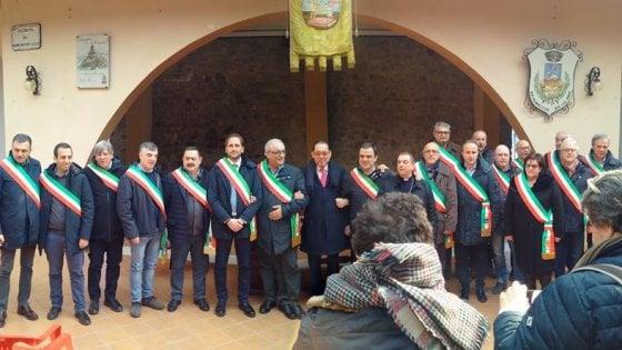 Potenza, manifestazione di solidarietà per il sindaco di Corleto Perticara