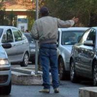 Caserta, cinque parcheggiatori abusivi sanzionati e un denunciato