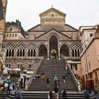 Amalfi, si firma accordo per la bretella stradale scavata nella roccia nel centro storico