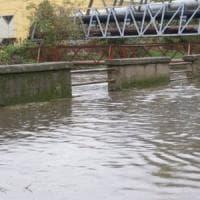 Esonda il fiume Sarno, malati intrappolati nelle case, poi i soccorsi