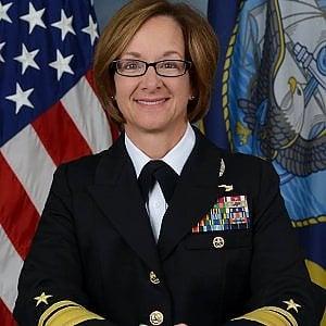 Una donna per la prima volta al comando della Sesta Flotta Usa