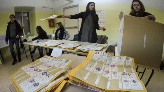 Elezioni, trionfo 5 Stelle: a Napoli e in Campania en plein dei collegi maggioritari tranne Agropoli