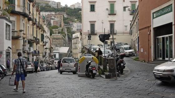 Spari a Napoli, proiettile in casa di un commerciante antiracket
