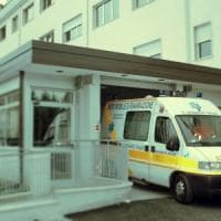 Niente visita urgente, rompono il naso ad infermiere di una clinica nel napoletano