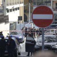 Donna uccisa a Terzigno, aveva appena accompagnato la figlia a scuola: ricercato