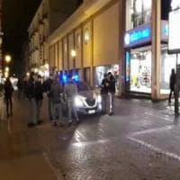 Baby-gang,  accoltellato davanti a un pub in via Scarlatti: presi sei giovanissimi