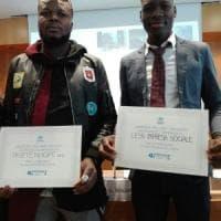 Rifugiati, premiata a Milano la Napoli dell'accoglienza: riconoscimenti a Less, Tobilì e Parthenope