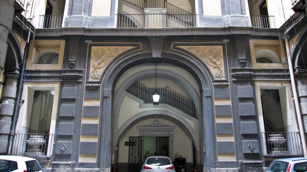 Nuovi spazi per l 39 ufficio cinema del comune all for Design ufficio napoli