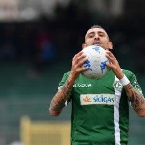 Debutto felice di Foscarini, l'Avellino batte il Perugia (2-0) nel segno di Castaldo