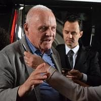Reggia di Caserta: Anthony Hopkins e Jonathan Pryce, due Papi sul set