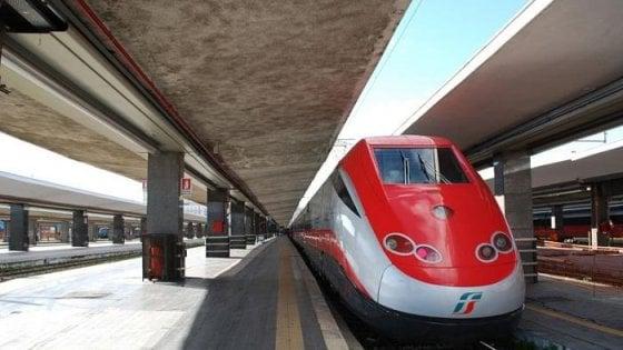 Drogavano viaggiatori sui treni per rapinarli: 4 arresti tra Aversa e Latina