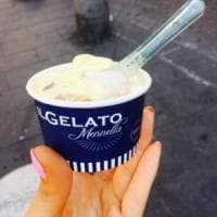 Apre a Napoli la Yogurteria Mennella: il frozen yogurt sano, naturale e da personalizzare con topping e frutta di stagione