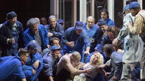 A teatro con Repubblica, sconti al San Carlo, alla Galleria Toledo e all'Area Nord