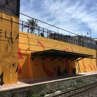 Portici, una nuova stazione della Circumvesuviana con i colori della street art