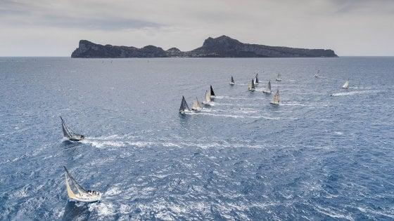 Rolex Capri Sailing Week, mille velisti nel golfo di Napoli