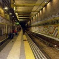 Aggressioni a vigilantes a Napoli: 3 denunce, anche 16enni