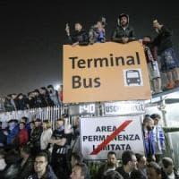 L'aeroporto come lo stadio San Paolo: in oltre diecimila per il ritorno del Napoli. I giocatori: