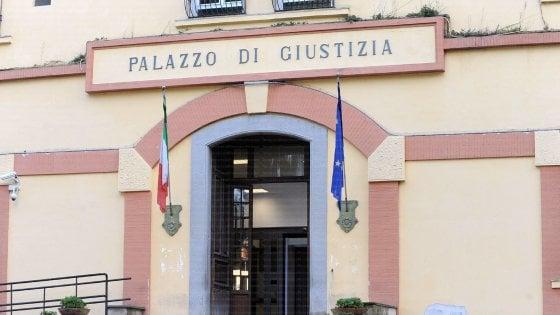 Nocera Inferiore, colpi di pistola in via Borsellino: ferito un uomo