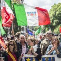 Festa della Liberazione a piazza Carità, a Posillipo l'omaggio ai caduti