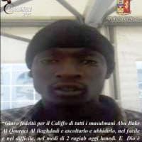 """Terrorismo, migrante del Gambia arrestato a Napoli. L'ordine via chat: """"Lancia l'auto..."""