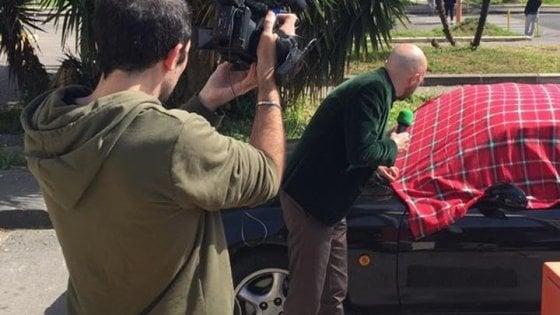 Napoli, auto senza assicurazione al commissariato: