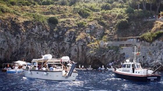 Capri: chiusa la Grotta Azzurra, delusione per i turisti