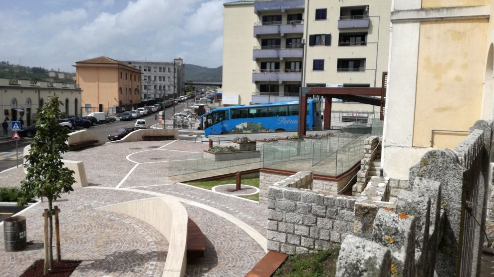Potenza, riconsegnata alla città la piazza della stazione centrale