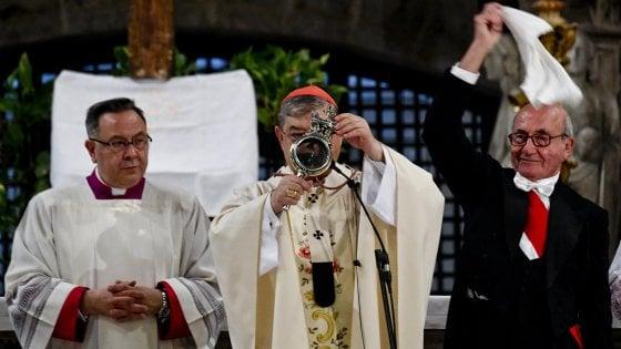 """San Gennaro, si ripete il miracolo. Sepe: """"Sangue malavita cancro di Napoli"""""""