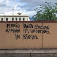 Castellammare, a due passi dal liceo in azione writer sgrammaticato