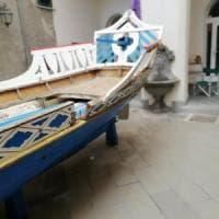 Amalfi, lo storico galeone sta marcendo