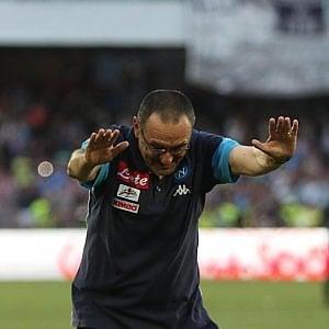 Napoli, il momento delle scelte, tra 24 ore la verità sull'allenatore