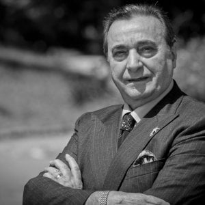 """Volti di Napoli, Bruno Venturini: """"Con le canzoni sono stato il primo a conquistare anche la Cina"""""""