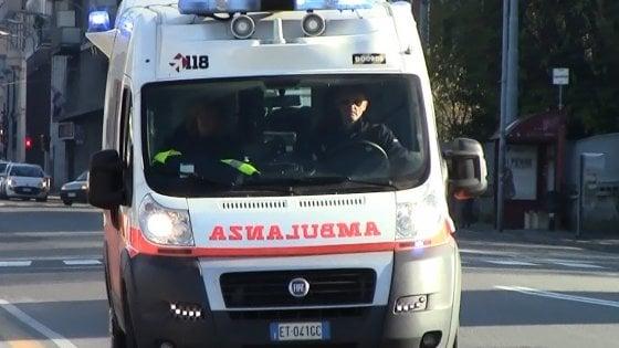 Sequestrano ambulanza per soccorrere un centauro morto ai Quartieri Spagnoli