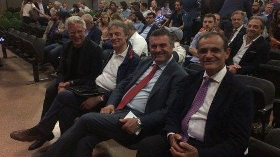 """Salerno, eletta direzione provinciale Pd. Piero De Luca: """"Niente a che vedere con i Cinque stelle"""""""