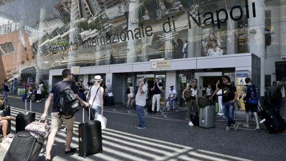 Napoli primo aeroporto d'Italia ad usare bus elettrici