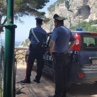 Capri, carabinieri sequestrano manufatti abusivi