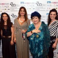 Cava de' Tirreni, Marisa Laurito inaugura la Biennale del Tirreno
