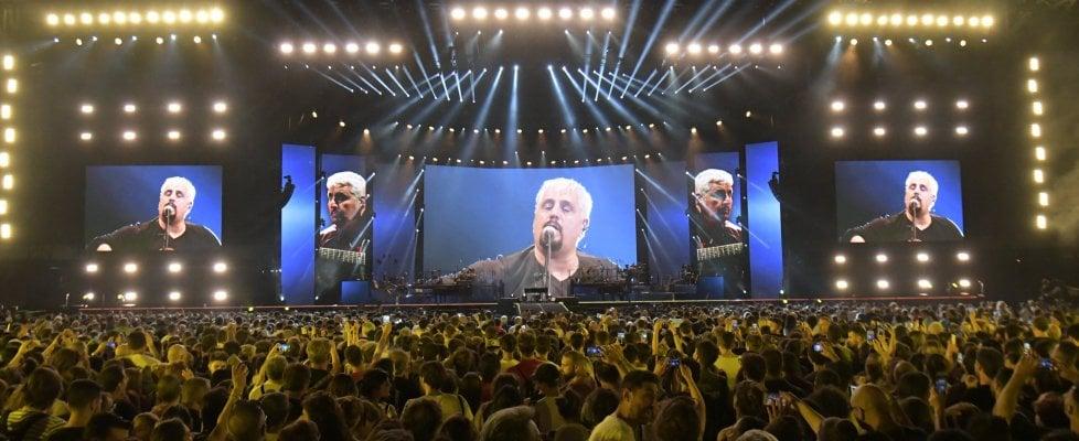 In  45 mila a Napoli per il tributo live a Pino Daniele