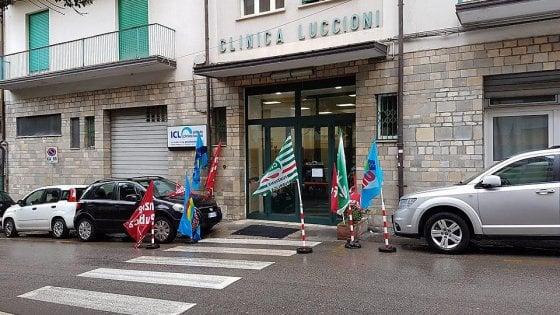 Potenza, clinica Luccioni: ex lavoratori in presidio permanente
