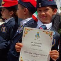 """Ischia, i piccoli orfani dei carabinieri nominati """"ambasciatori"""" dell'isola"""