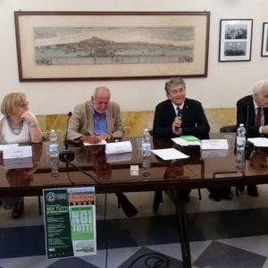 """Premio Napoli, Mario Capanna: """"Abbiamo un governo conservatore con un consenso di massa"""""""