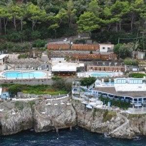 Abusi edilizi a Capri, perquisizioni a tecnici e professionisti