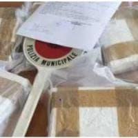 Sequestrata a Napoli una  borsa con 7,5 chili di cocaina al Rione Don Guanella