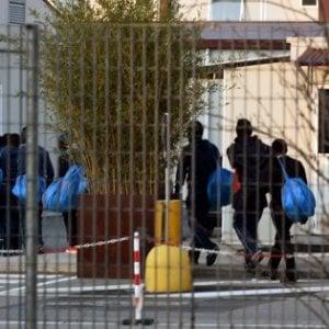 """Benevento, frode su centri d'accoglienza. Arrestato il """"re dei rifugiati"""" con altri 4. Indagati in 36"""